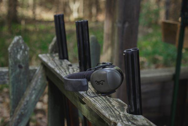 gray mono headset