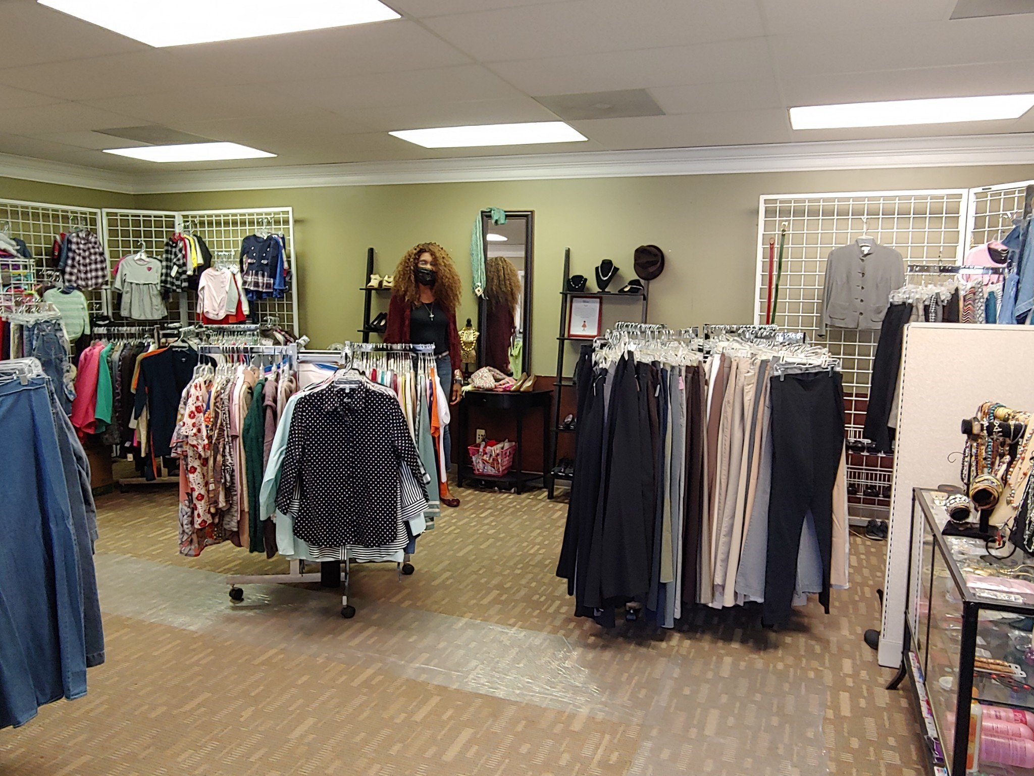 Kingdom Closet & Boutique: Local Gem & Great Place to Donate Clothing